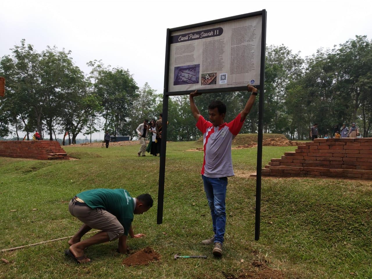 Read more about the article BPCB Sumbar Pasang Informasi Situs di Dharmasraya