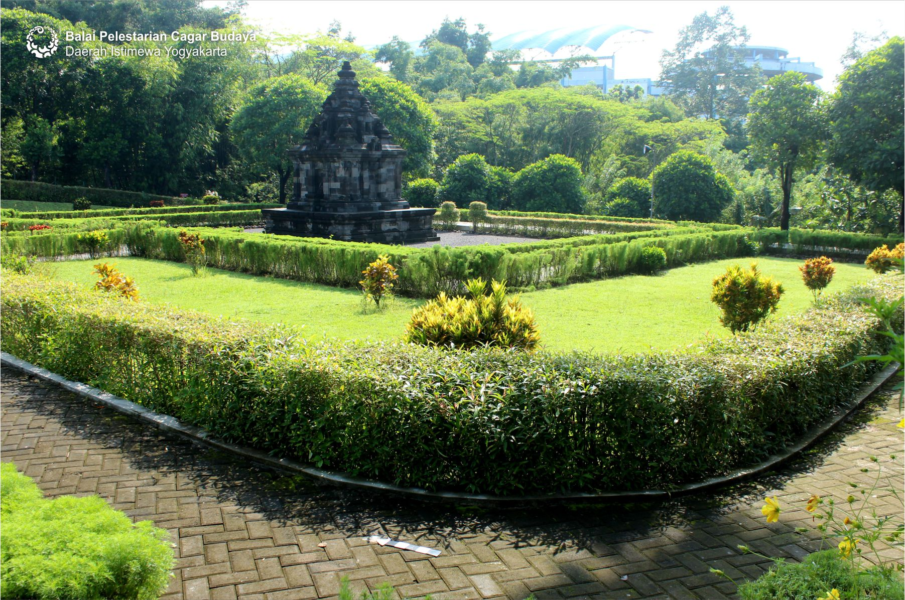 Read more about the article Candi Gebang