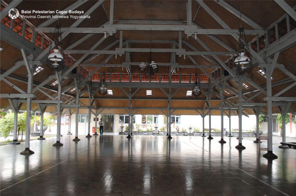 Gedung Budi Utomo, sekarang Aula SMA 11 Yogyakarta  (Foto: Dok. BPCB DIY tahun 2010)