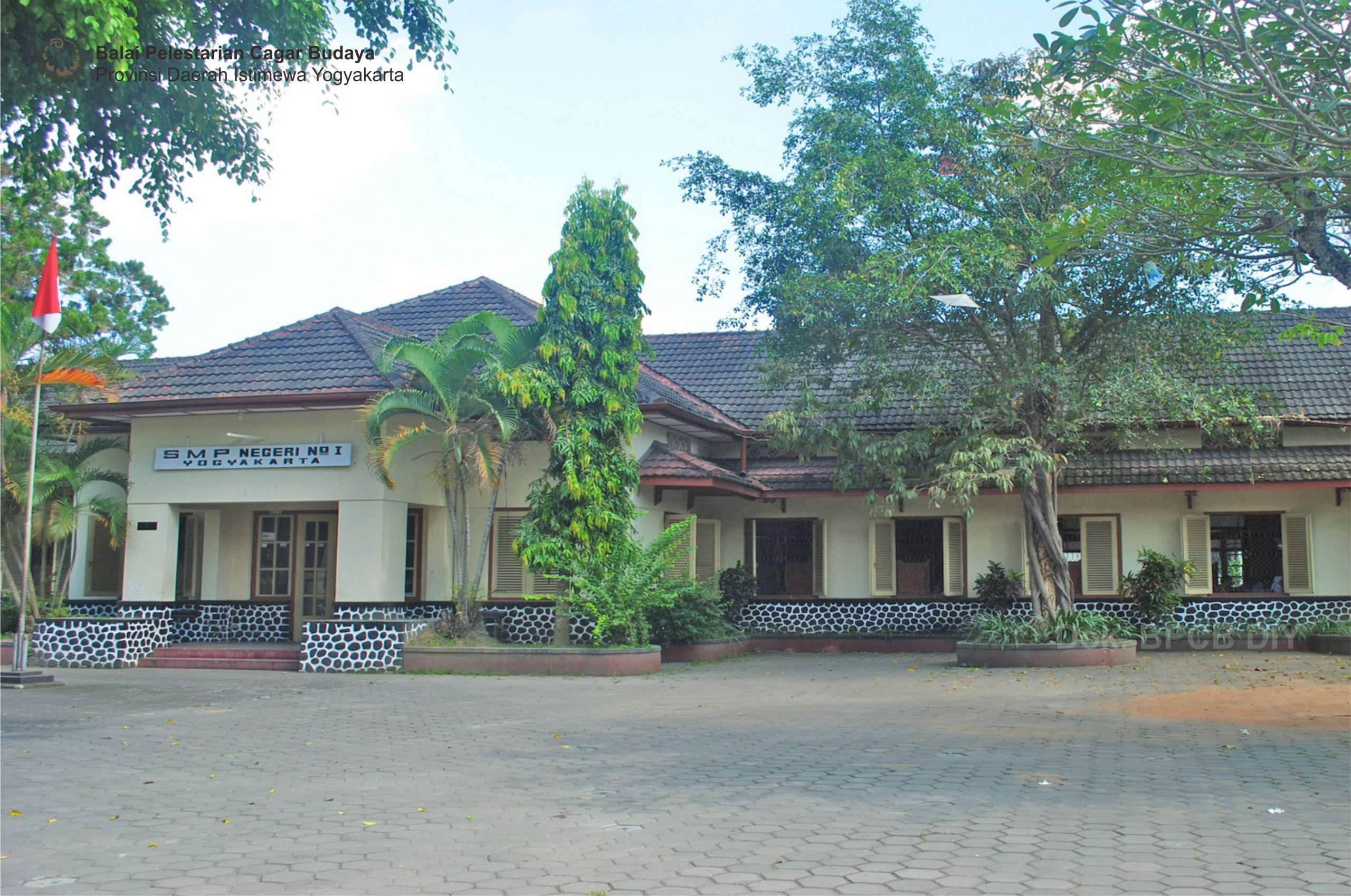 Read more about the article Gedung SMP Negeri I Yogyakarta