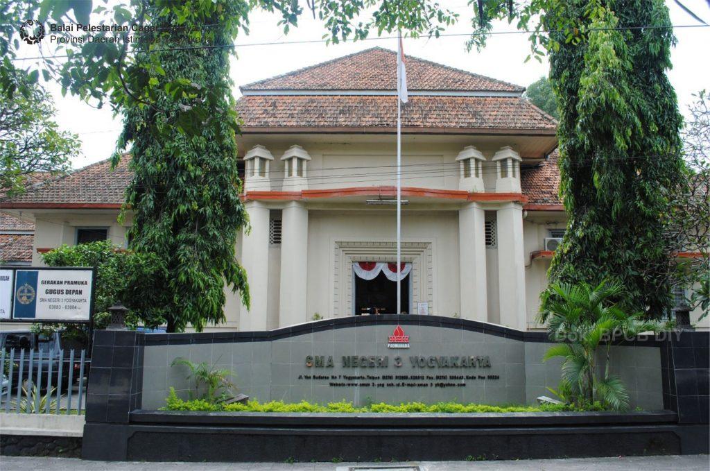 Fasad depan SMAN Negeri 3 Yogyakarta (Foto : Dok. BPCB DIY 2018)