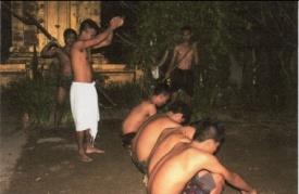 Read more about the article Bawi-Bawian: Ritual Sakral Untuk Memperoleh Kekebalan Fisik