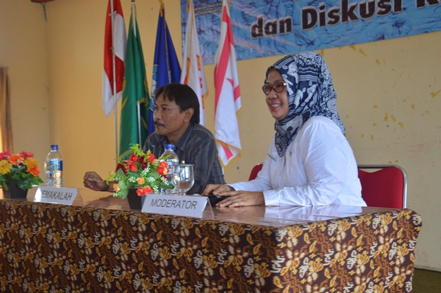 Read more about the article Kesenian Jaipong: antara Karawang – Bandung