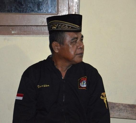 Read more about the article Darussalam, Tokoh Seni Hadroh dari Pesisir Barat