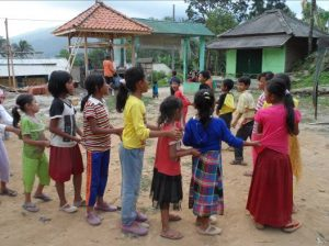 Read more about the article Oray-orayan, Permainan Tradisional Masyarakat Sunda yang Tak Lekang oleh Waktu