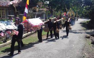 Read more about the article Ngaruwat Bumi: Tradisi yang Tetap Lestari di Kampung Banceuy
