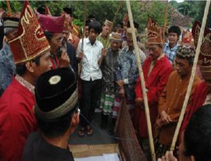 Read more about the article Panggeh, Sastra Lisan Masyarakat Lampung yang Sarat Makna