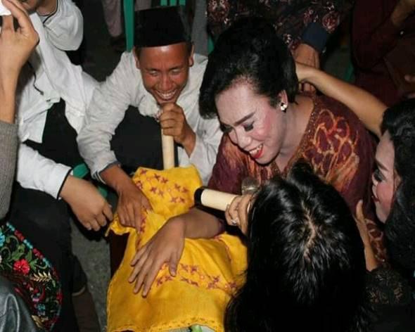 Read more about the article Mukew Sahur, Tradisi Menjelang Sahur pada Masyarakat Menggala