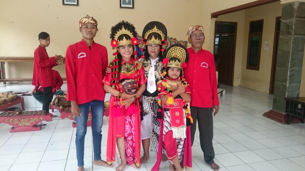 Read more about the article Topeng Randegan Wetan Majalengka