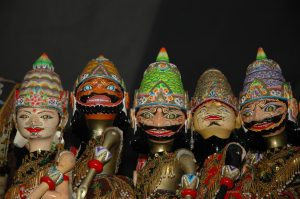 Read more about the article Melihat Proses Pembuatan Wayang Golek