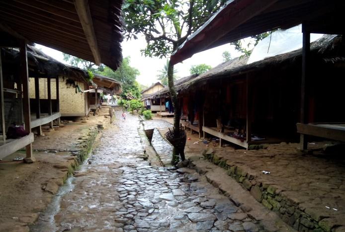 Read more about the article Dugdug Rempug,  Kerja Bakti Khas Masyarakat  Baduy
