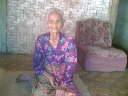 Read more about the article Peranan Pengobat Tradisional di Desa Giri Jaya Sukabumi