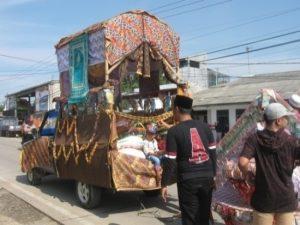Read more about the article Ngarak Panjang Mulud di Kabupaten Serang, Banten