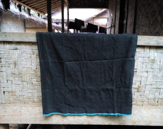Read more about the article Samping Hideung, Pakaian Perempuan Baduy Dalam