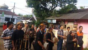 Read more about the article Dodod, Seni Pertunjukan berbau Sakral yang Nyaris Punah
