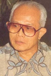 Read more about the article Achmad Tirtosudiro