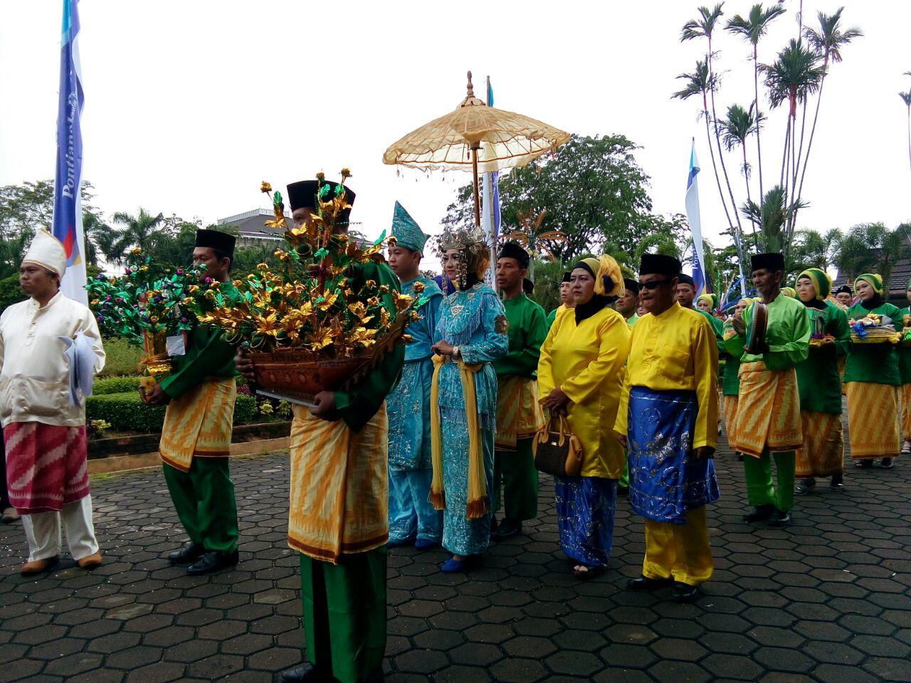 Read more about the article 20 Karya Budaya Kalimantan telah ditetapkan sebagai Warisan Budaya Takbenda Nasional Tahun 2017