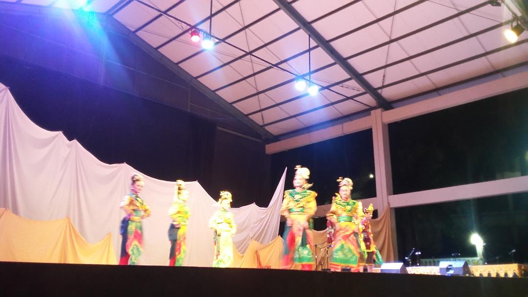 Read more about the article Hari Tari Dunia di Taman Budaya Banjarmasin
