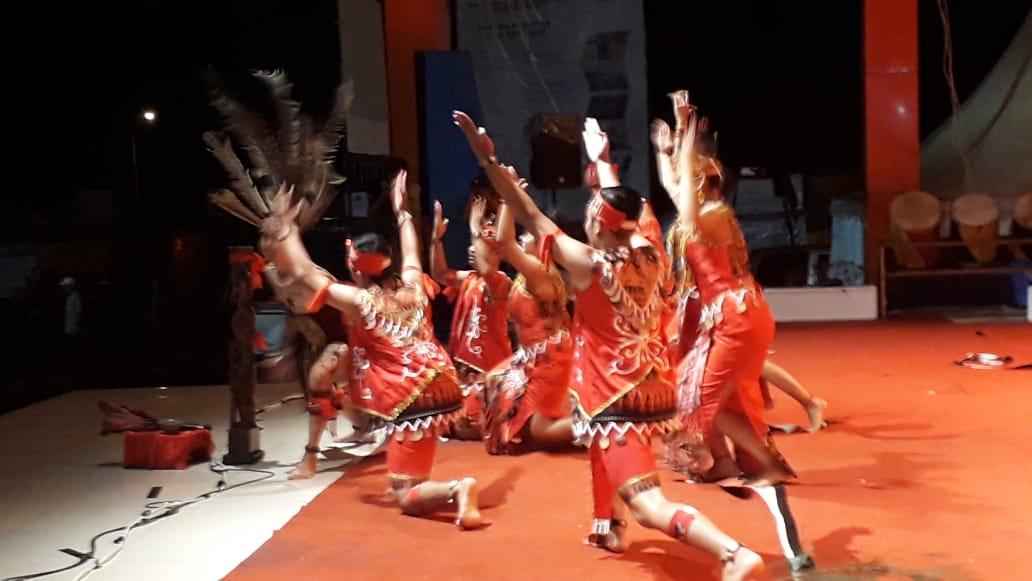 Read more about the article Lawatan Seni Putra Borneo ke Tanah Minang