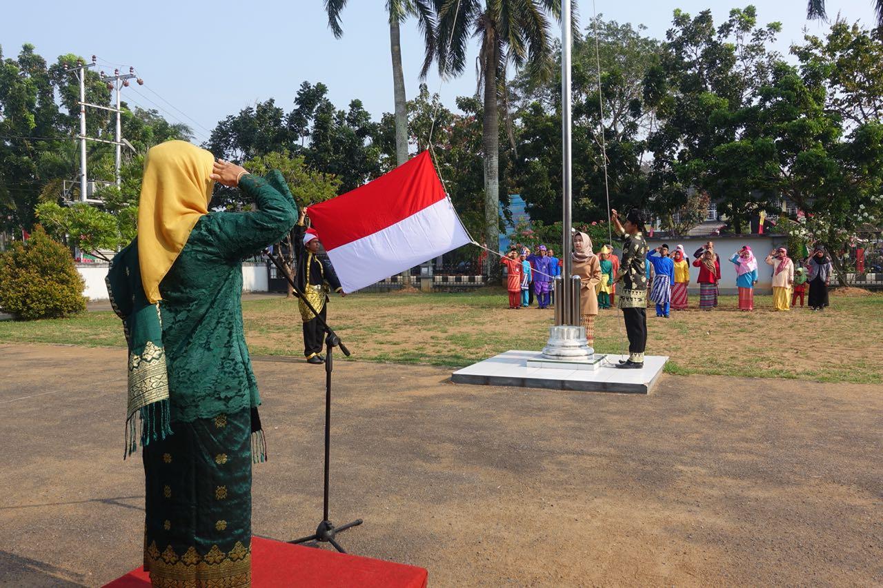 Read more about the article Peringatan Hari Kemerdekaan RI Ke-73 BPNB Kalbar
