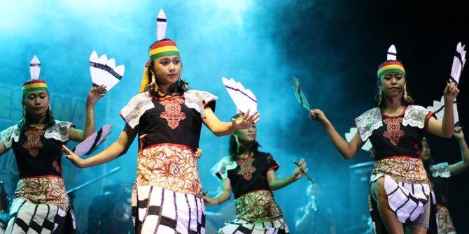 Read more about the article Festival Danau Sentarum :  Kenalkan Kekayaan Budaya Kapuas Hulu