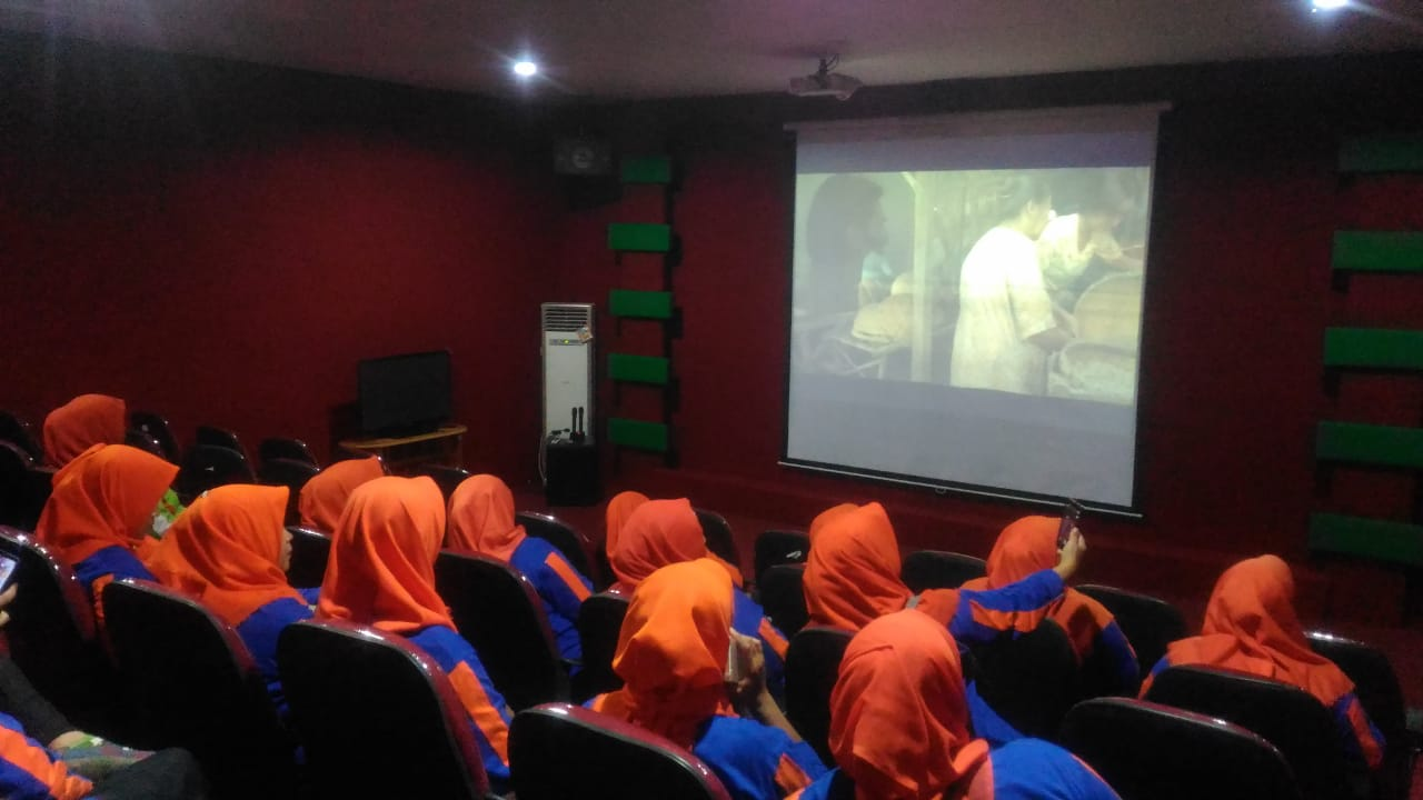 Read more about the article Study Tour PEKKA Kabupaten Kubu Raya ke Bioskop Mini BPNB Kalbar