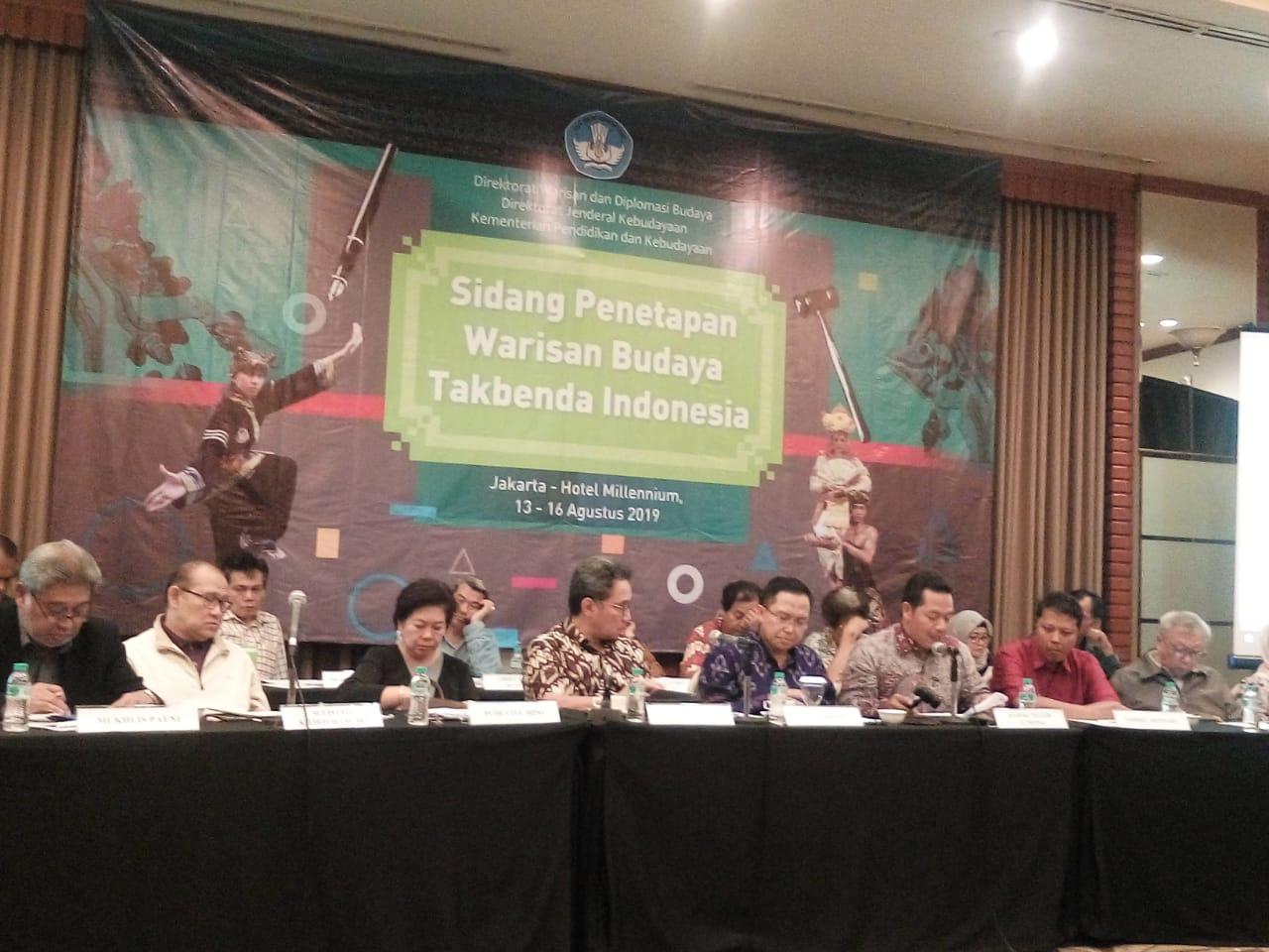Read more about the article 31 Karya Budaya Kalimantan Ditetapkan sebagai WBTb Indonesia
