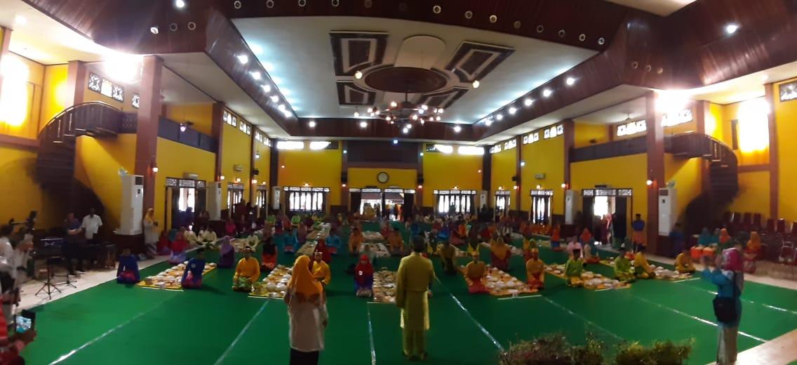 Read more about the article Kenalkan Budaya Melayu  melalui Festival Saprahan