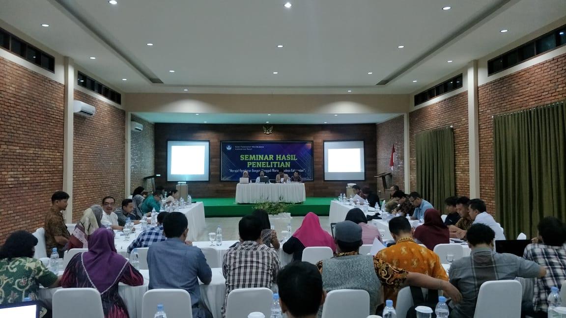 Read more about the article Presentasi Seminar Laporan Hasil Penelitian BPNB Kalimantan Barat 2019