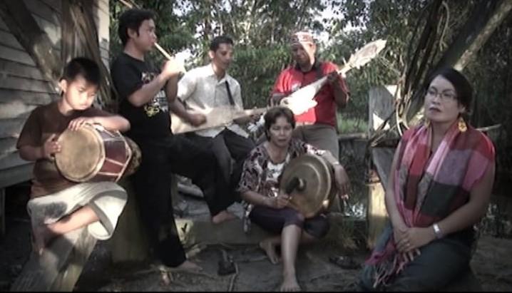 Read more about the article Karungut Kesenian Kalimantan Tengah