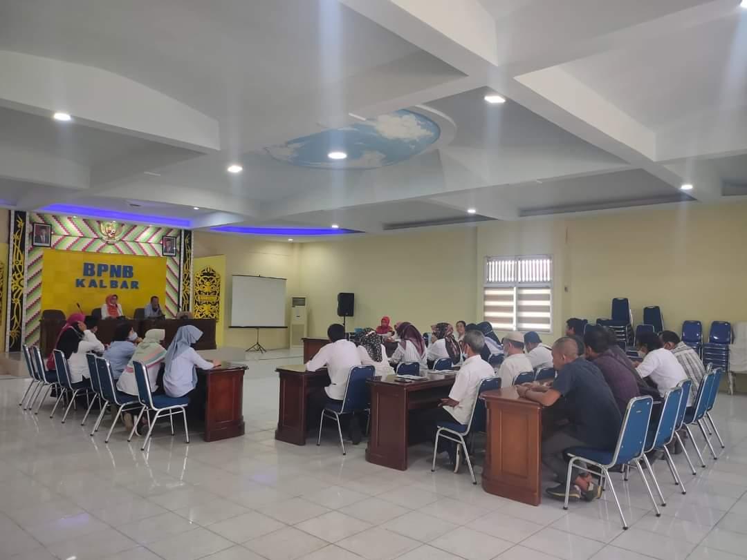 Read more about the article Pelepasan Staf Peneliti BPNB Kalbar Menuju Tempat Tugas Baru