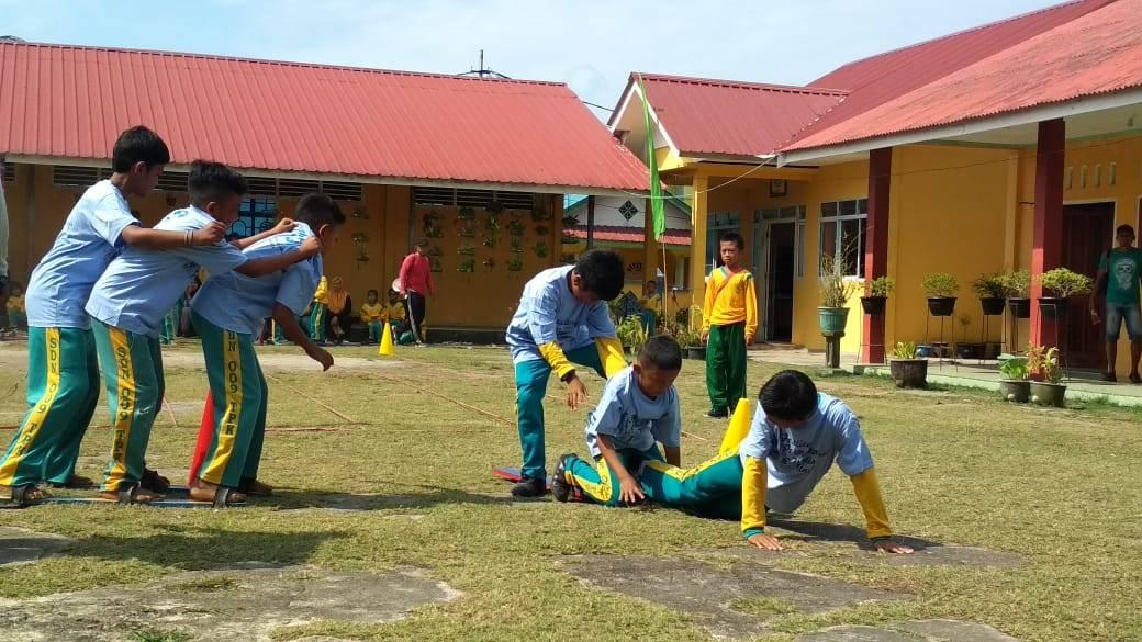 Bpnb Gelar Tiga Permainan Tradisional Melayu Di Penyengat Balai Pelestarian Nilai Budaya Kepulauan Riau