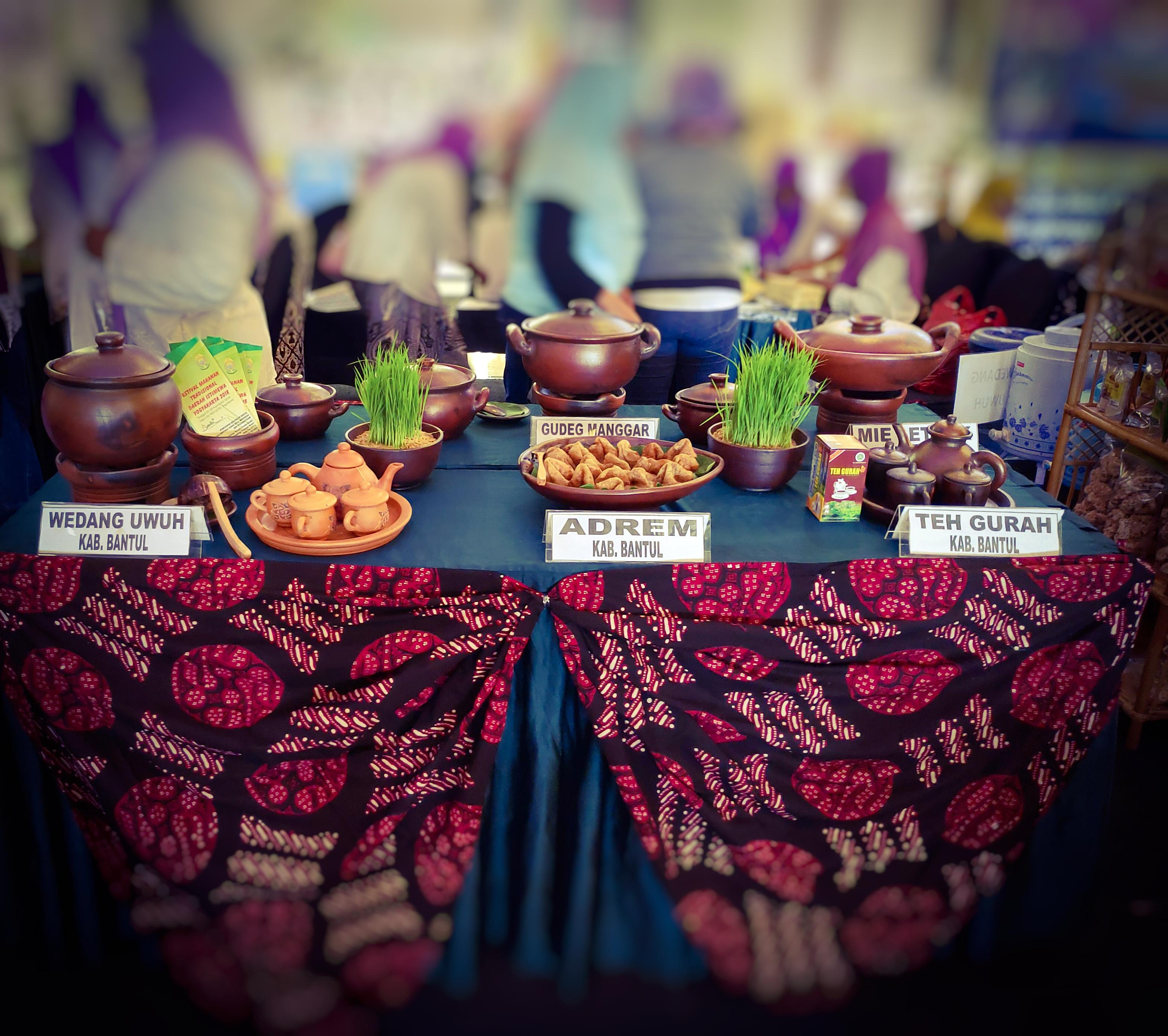 Mengenalkan Makanan Tradisional Dalam Bingkai Kekinian Balai