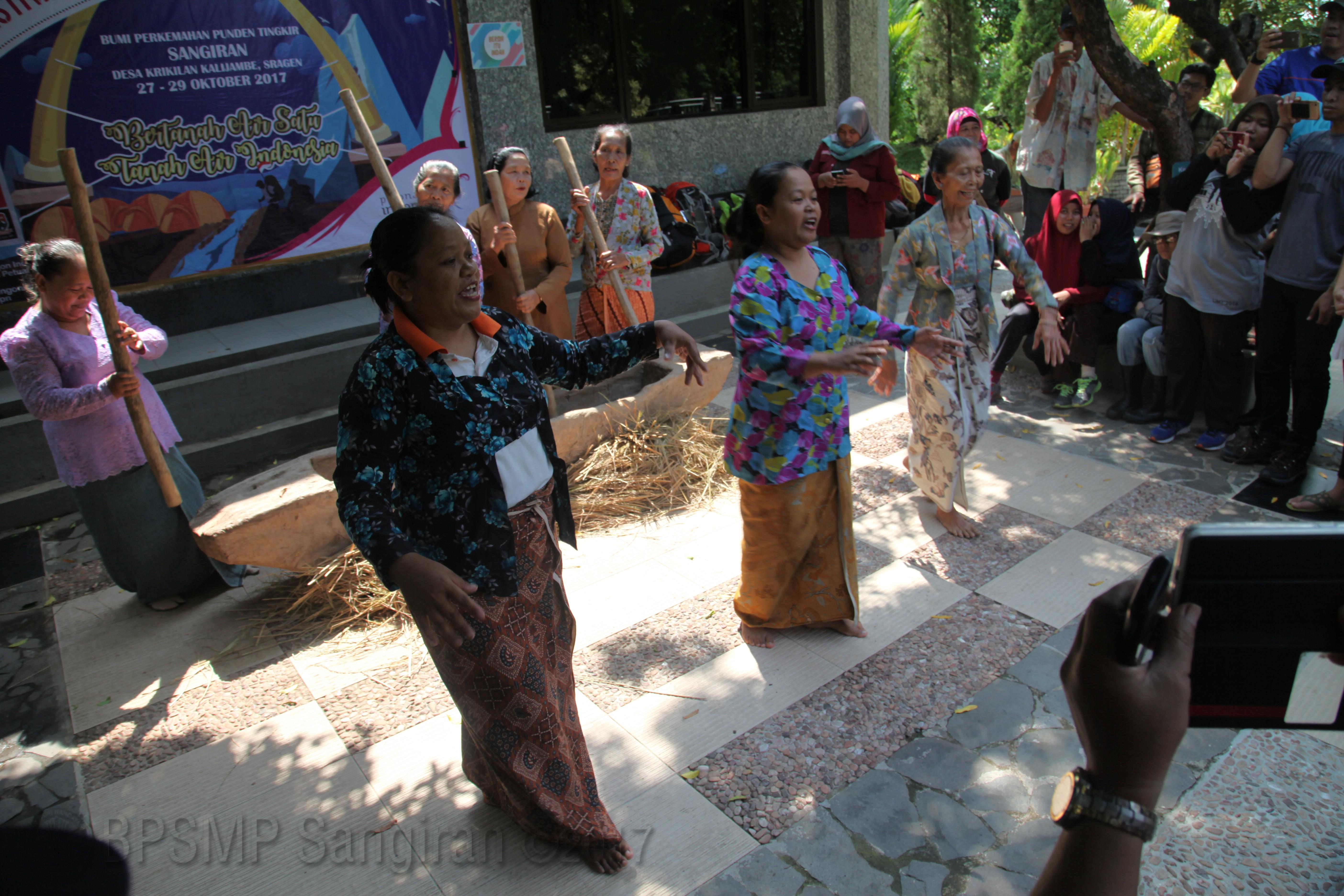 Read more about the article Mitos Balung Buto Diceritakan Kembali Oleh Sanggar Sangir