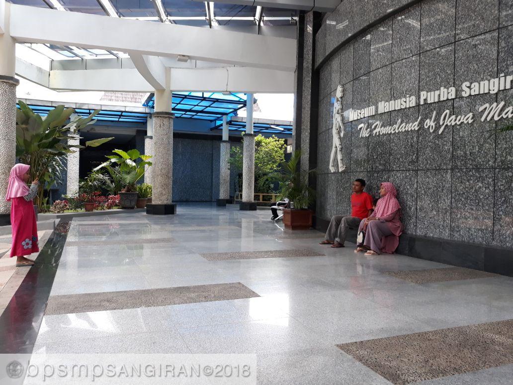 Read more about the article Bersama Keluarga Mendapat Paket Berharga
