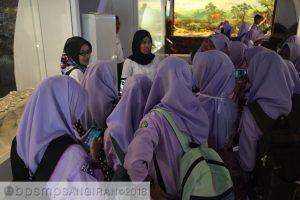 Read more about the article MA Miftahul Huda Raguklampitan Jepara Belajar di Sangiran