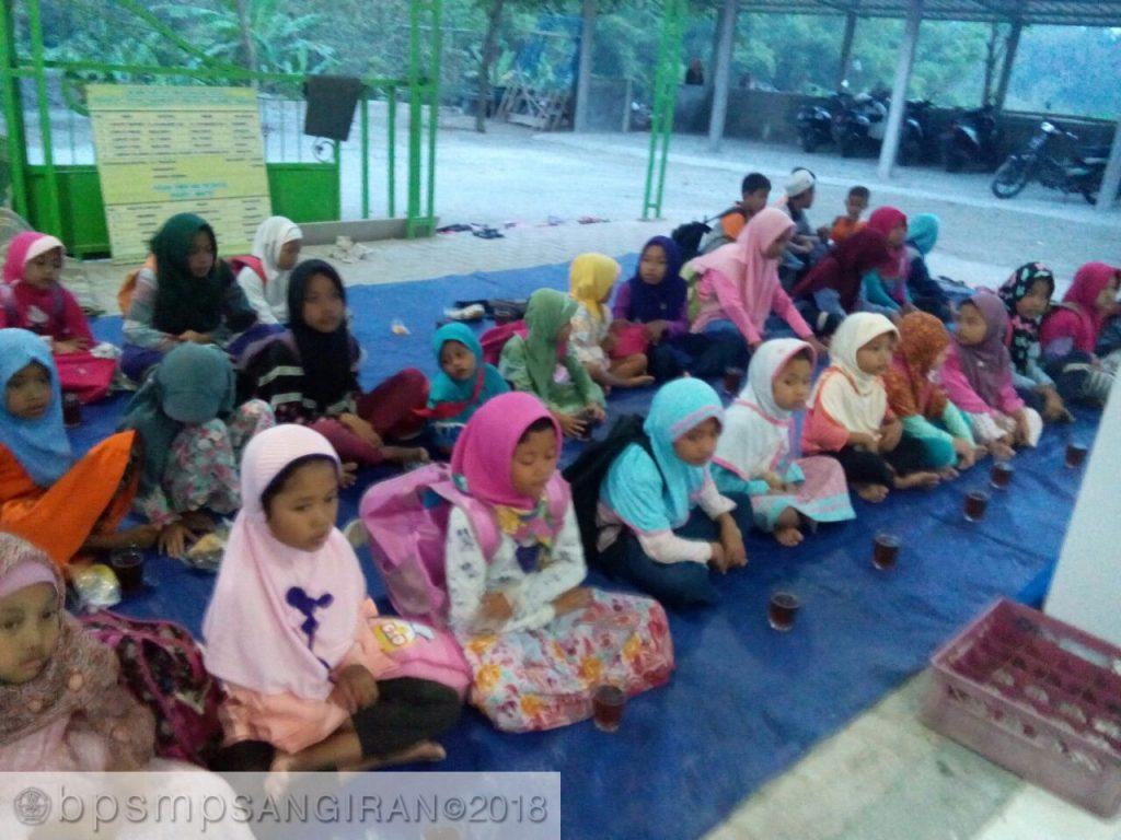 Tradisi Takjilan Ramadan di Situs Sangiran (1)