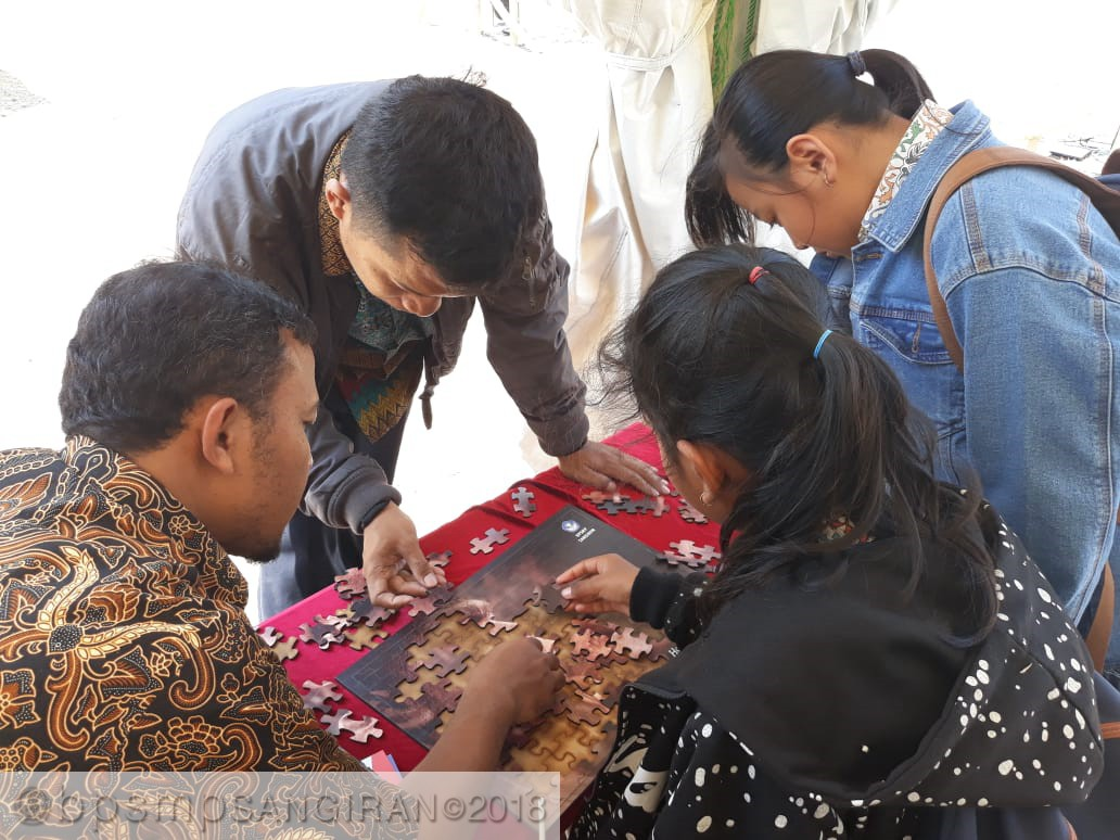 Read more about the article Menyusun Puzlle Memerlukan Kerjasama