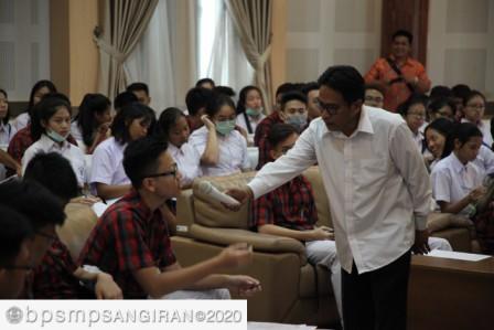 Read more about the article Layanan Edukasi Bagi Siswa