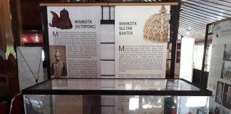 Ketopong dan Mahkota Banten koleksi Museum Nasional di pamerkan di Temanggung