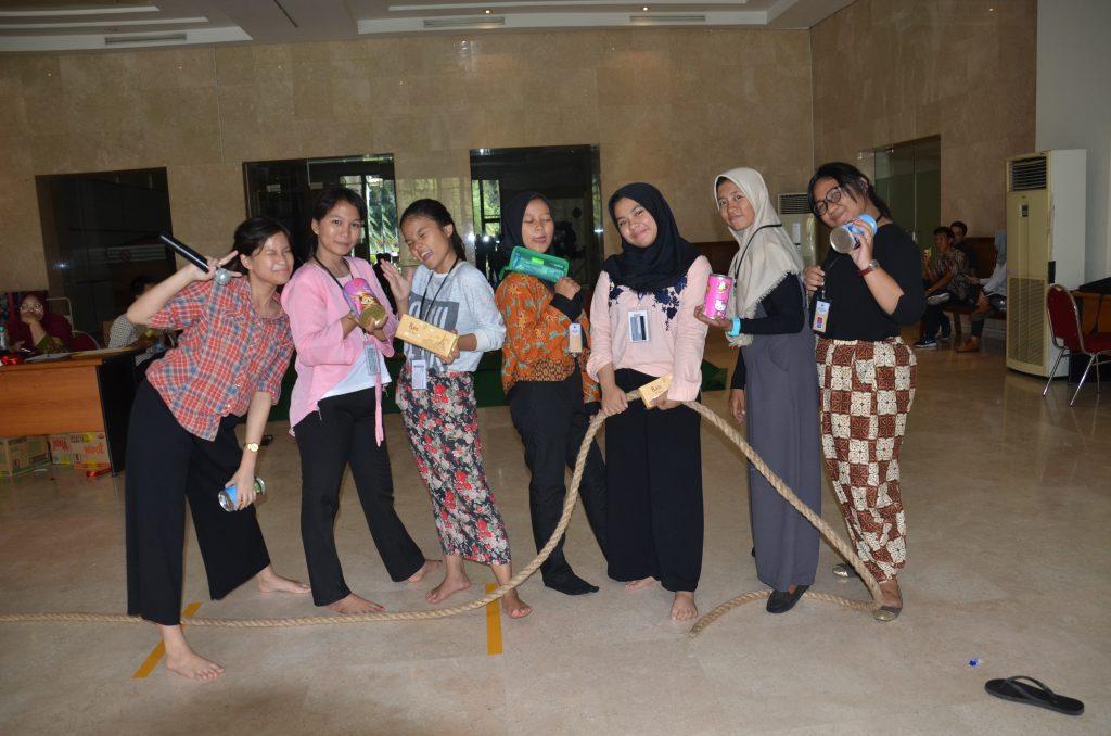 Pemenang Lomba Tarik Tambang dari Tambun Jawa Barat ...