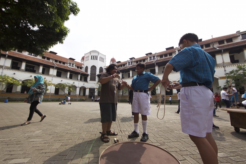 Permainan Tradisional Nusantara Ramaikan Pekan Budaya Indonesia 2015 Ditjen Kebudayaan