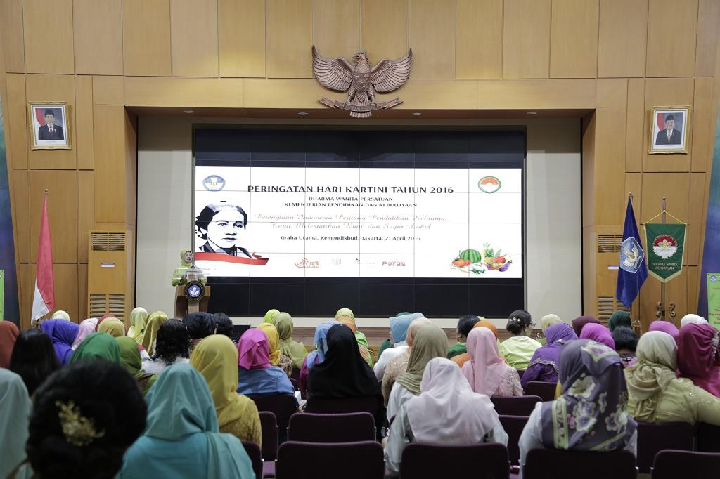 Dharma Wanita Persatuan Kemdikbud Peringati Hari Kartini