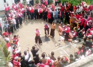 Read more about the article Debus Banten Seni Tradisional Yang Mengagumkan dan Mengerikan
