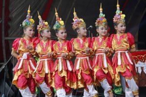 Read more about the article Tarian sebagai Nilai Persahabatan Anak Indonesia