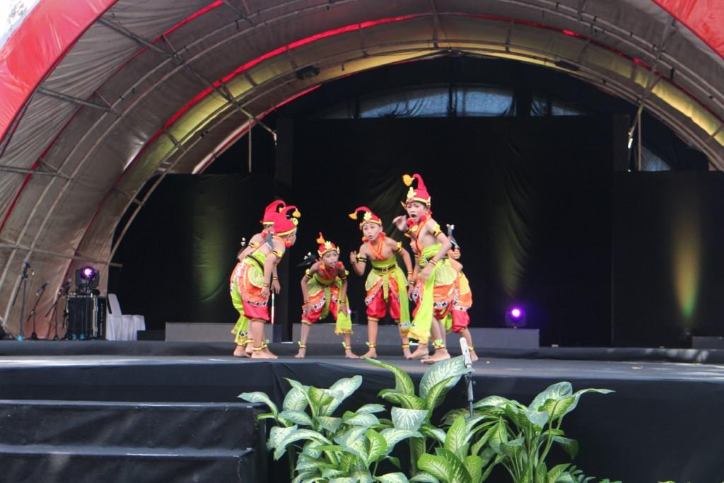Read more about the article Mengenal Padepokan Seni melalui Tari Cantrik