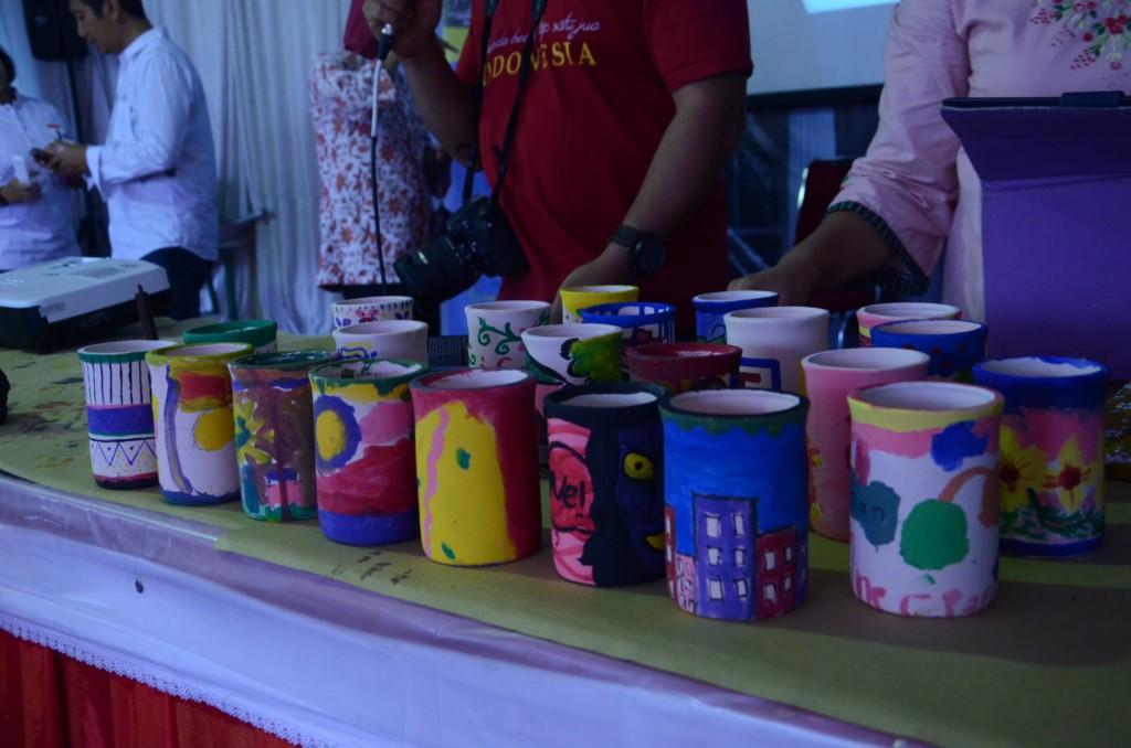 You are currently viewing Membuat Gerabah Bersama di Pekan Budaya Indonesia
