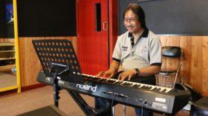 Read more about the article Musik dan Hidup Seorang Purwacaraka