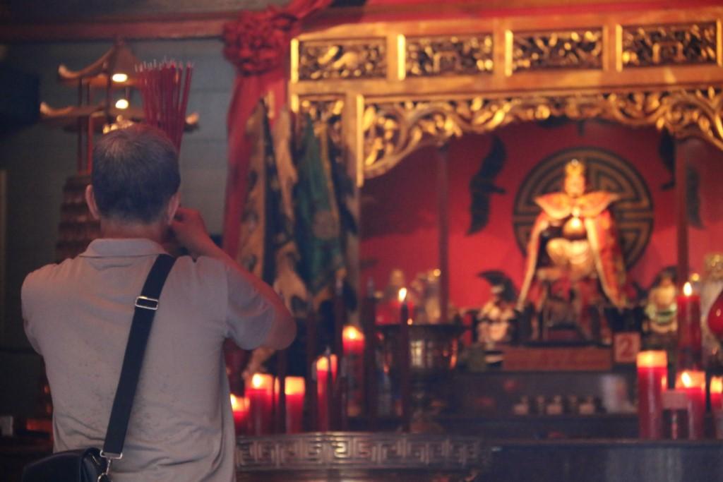 You are currently viewing Makna Jumlah Hio dalam Kepercayaan Orang Tionghoa