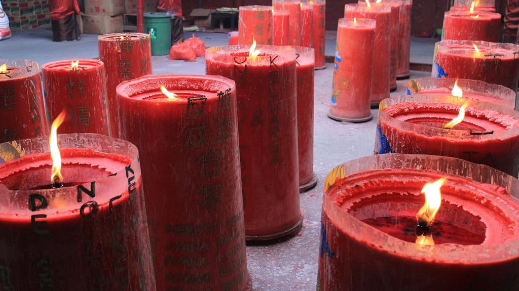 Read more about the article Tradisi-tradisi Unik Perayaan Imlek